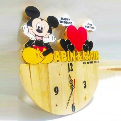 Jam Dinding Kayu Custom Mickey Mouse